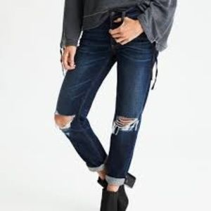 American Eagle Tomgirl Ripped Boyfriend Jeans